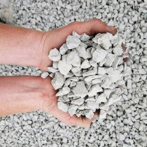 pierres gravier minéral source https://lammonbros.com/